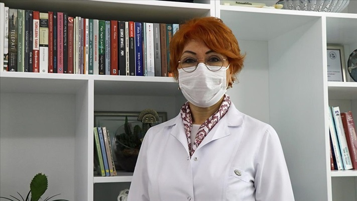 Dermatolojik muayeneler de online yapılıyor