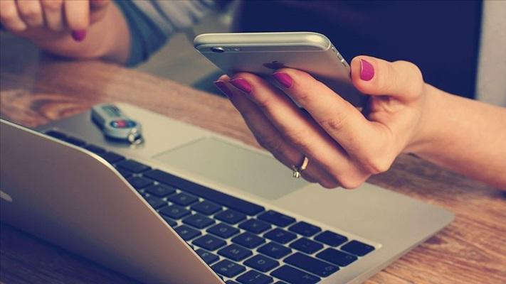 Yeşilay, teknoloji bağımlılığını masaya yatırıyor