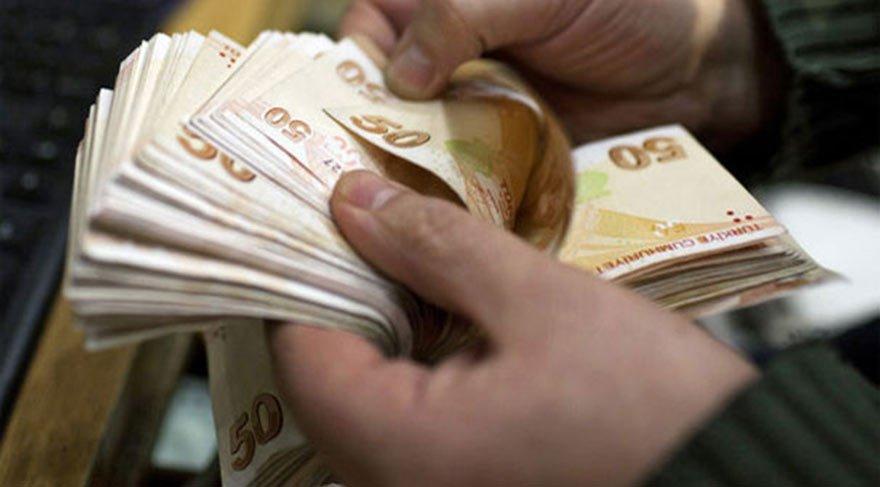Çalışan bankaya öğrenci devlete borçlu