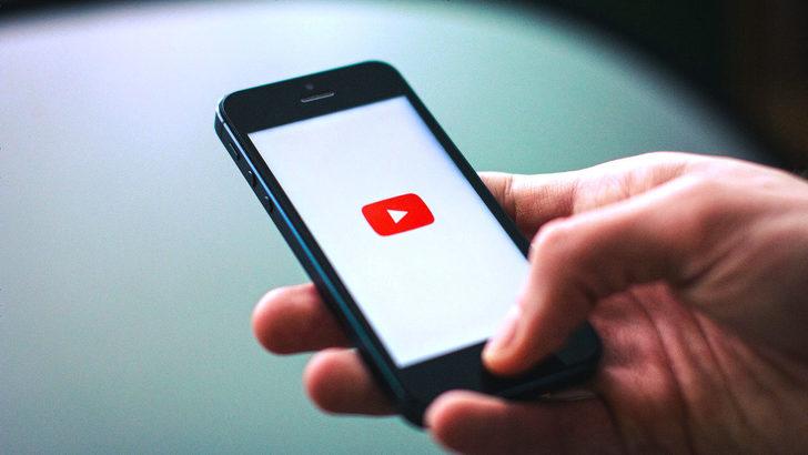 YouTube tüm telefonlarda kararıyor!