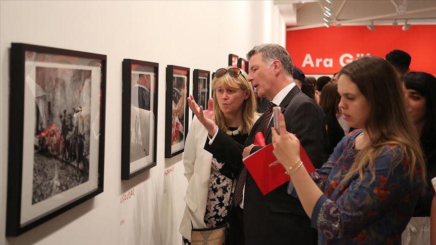 Londra'da Ara Güler sergisi