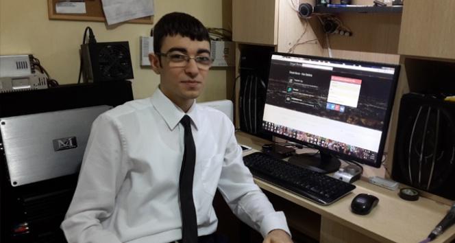 Lise Öğrencisi Sosyal Paylaşım Sitesi Kurdu