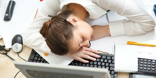 Çok çalışmak kadına zarar, erkeğe yarar