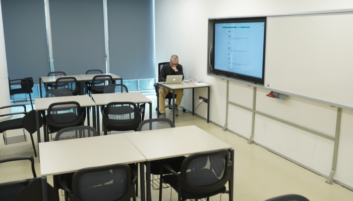 MEF Üniversitesi'nden koronaya karşı online eğitim önlemi