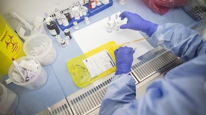 Uzmanlardan 'Kovid-19 sürecinde de kanser tanı ve tedavilerinizi aksatmayın' uyarısı