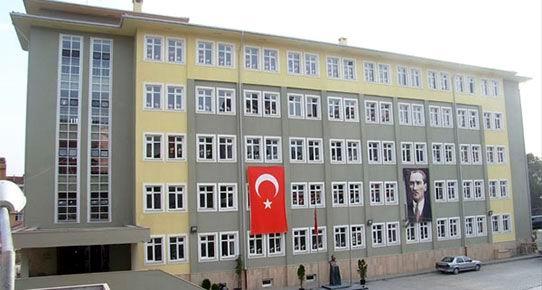 Kadıköy'de İETT otobüsleriyle 'taşımalı' eğitim!