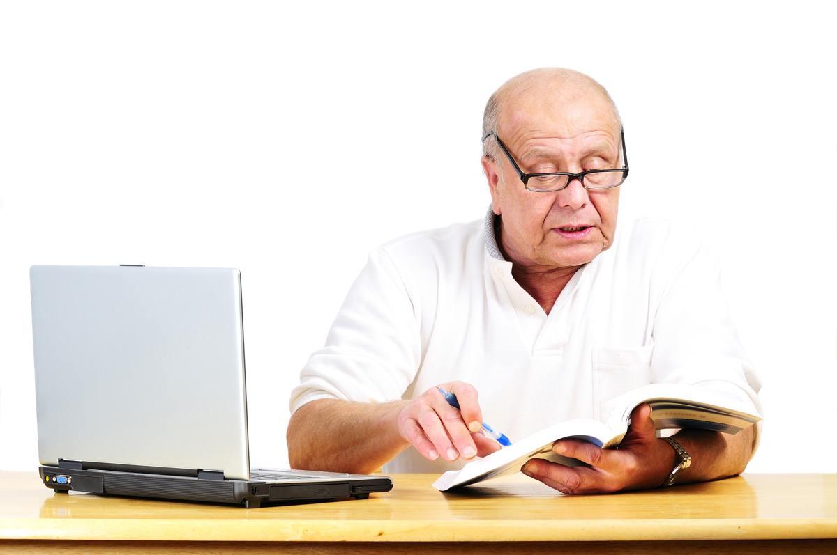 Emeklilere memurluk yolu açılıyor