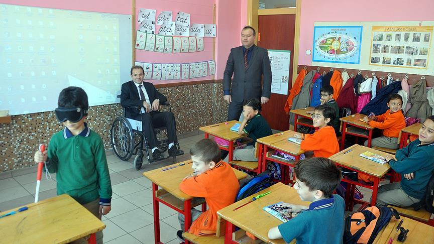 Öğrenciler 'engelli' olmayı yaşayarak öğrenecek