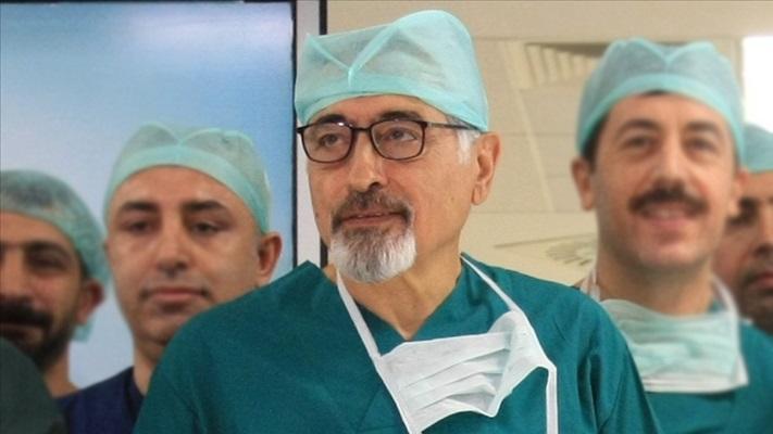 ABD'den dönen ünlü cerrah Prof. Dr. Emre, Ege Üniversitesi kadrosuna katıldı