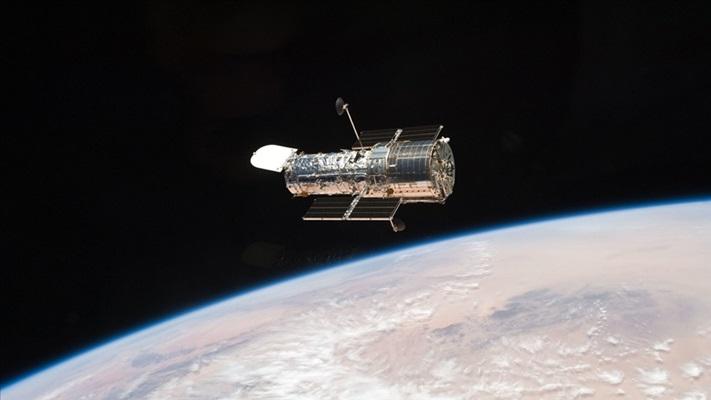 Hubble Uzay Teleskobu yeni bir atmosfer oluşturan öte gezegeni görüntüledi