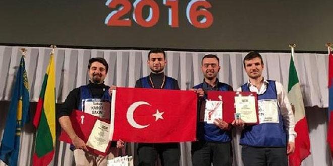 Karabük Üniversitesi dünya robot 1'incisi oldu