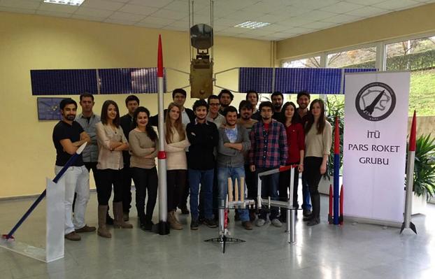 PARS Roket Grubu Üyesi Gençlerden Çağrı