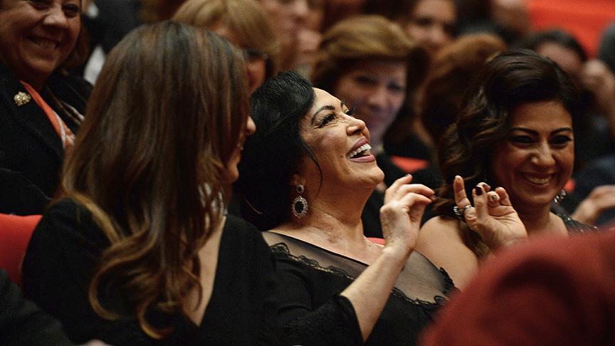 Antalya Film Festivali açılışını Türkan Şoray yaptı