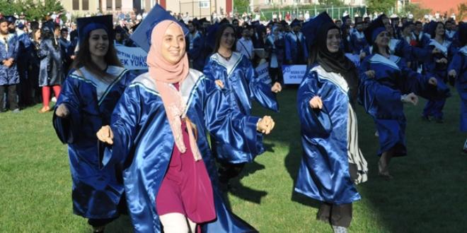 Bartın Üniversitesi 4 bin 367 mezun verdi