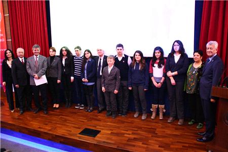 2014 Tam Eğitim Bursu Sınavı Afiş Yarışması Sonuçlandı!