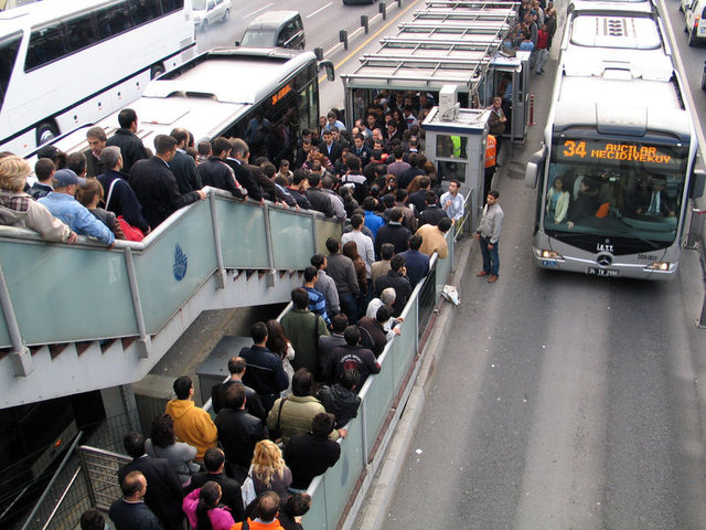 Toplu Taşıma Mı, Sıkıntı Mı?
