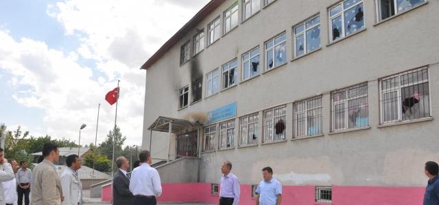 Yakılan okullar 1 hafta içinde hazır olacak