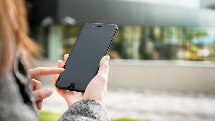Türkler mobil cihazlara 1 saat daha bağımlı
