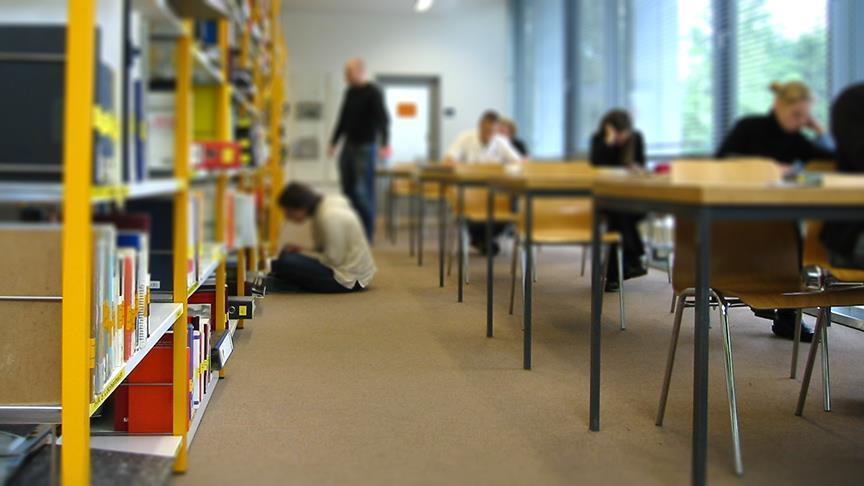 Türkiye'den Kazakistanlı 500 öğrenciye eğitim bursu