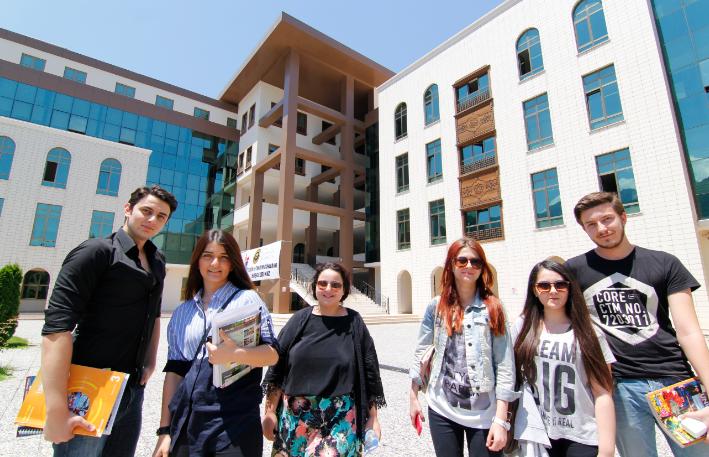 Bursa Orhangazi Üniversitesi Tercih ve Tanıtım Günleri Başladı