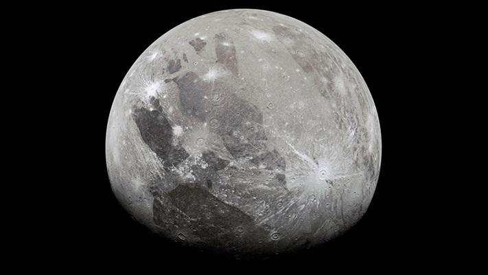 Jüpiter'in en büyük uydusu Ganymede'de su buharı bulundu