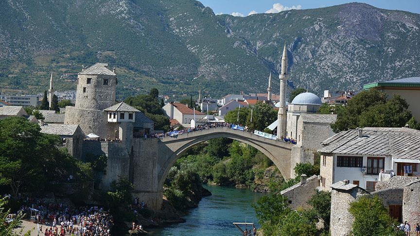 Bosna Hersek'te açık ortaokul ve lise fırsatı