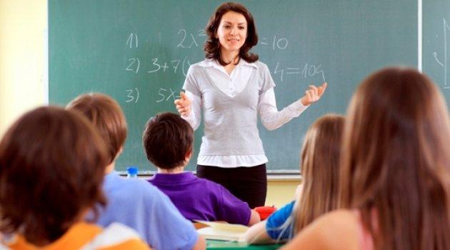 14 bin öğretmenin açığa alınmasına sendikalar ne dedi?