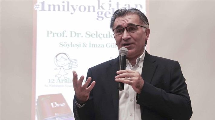 Hayalim Türkiye'de her çocuğun evinde kitaplığının olması