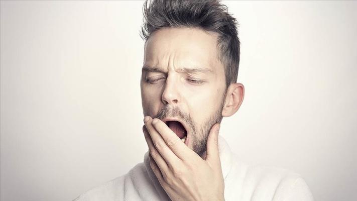 Az uyku alzaymır ve kanser riskini artırıyor