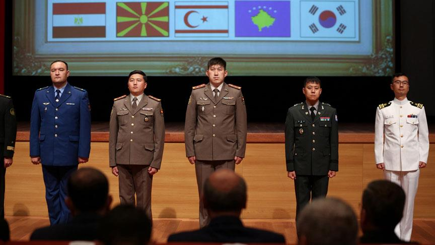 Milli Savunma Üniversitesi ilk mezunlarını verdi