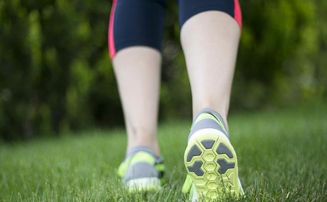 Yürümek oturmanın zararlı etkilerini ortadan kaldırıyor