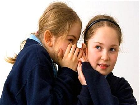 Children shouldn't have best friends, private school head argues