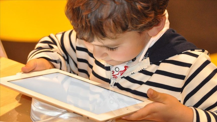 BTK güvenli internet hizmetiyle zararlı içeriklerden koruyor