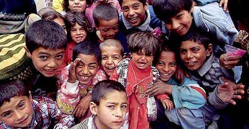Çocuk Vakfı'ndan 23 Nisan Kutlaması ve Yeni Anayasa Çağrısı