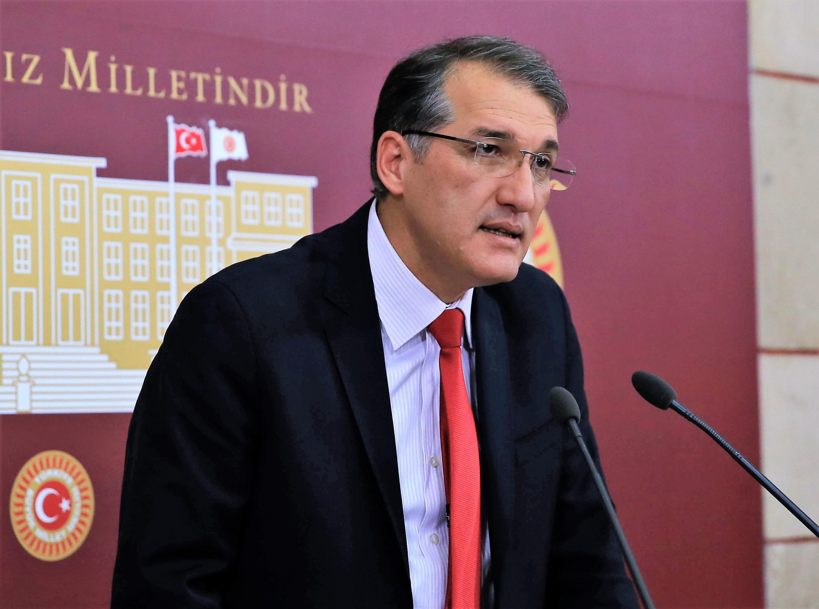 CHP'li İrgil'den üniversite yerleştirme sonuçları için araştırma önergesi