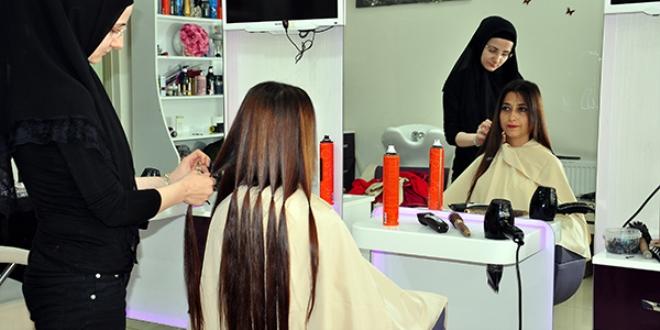 Öğretmenden kanser hastası çocuklar için saç bağışı