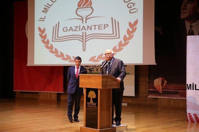 Bakan Avcı, Gaziantep'te aday öğretmenlerle bir araya geldi