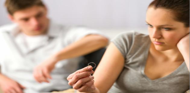 'Boşanmalar Ekonomik Şiddetten Kaynaklanıyor'