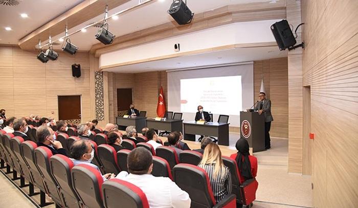 Prof. Dr. Aksoy: Üreten bir üniversite hedefliyoruz