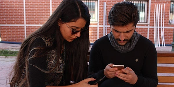 Sosyal medya gençlerin oy verme davranışını etkiliyor