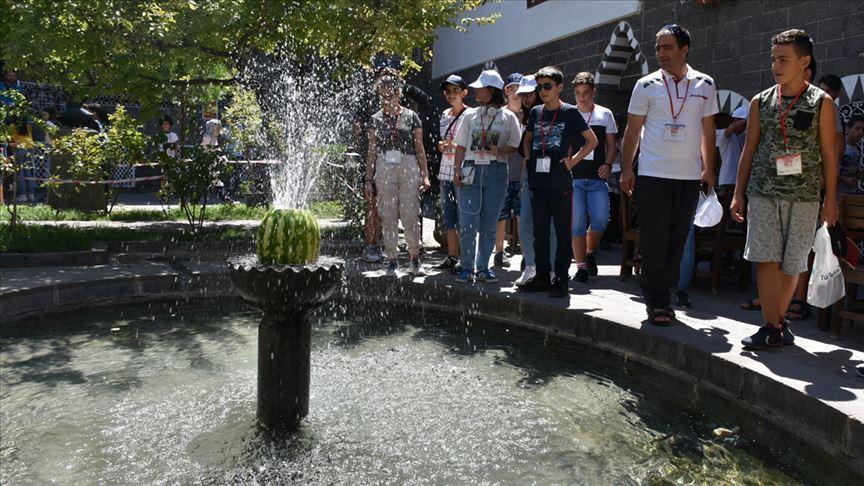 Yalovalı öğrenciler Diyarbakır'ı gezdi