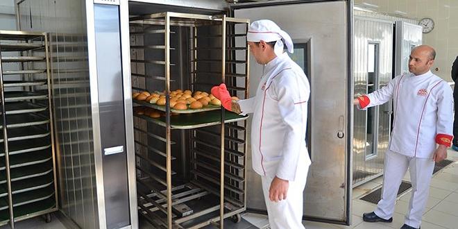 Okudukları üniversitenin ekmeğini üretiyorlar
