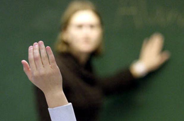 Yakası Beyaz, İşi Öğretmenlik, İş Konumu İşsiz…
