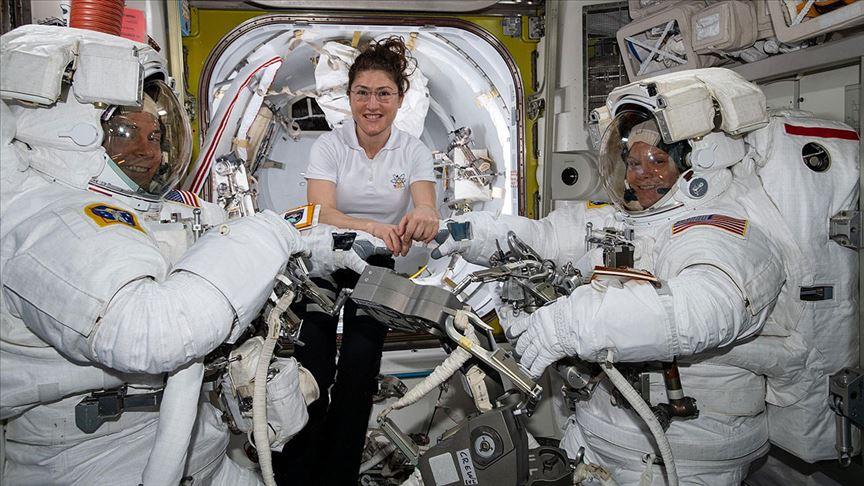 Kadın astronotların yapacağı uzay yürüyüşü kıyafet sorunu nedeniyle iptal edildi