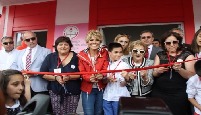 Çocuklar Gülsün Diye Derneği  21. Anaokulunu Bursa'da Açtı