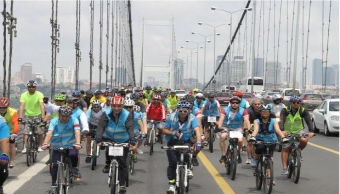 12 bin bisikletli boğaz köprüsünden geçti